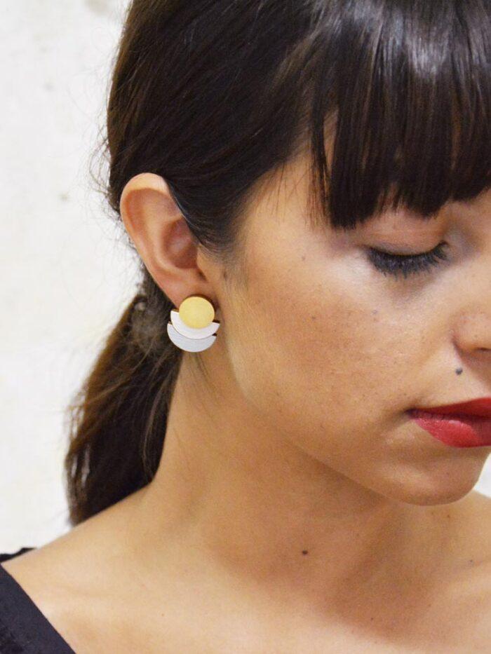 Delicate and modern stud earrings
