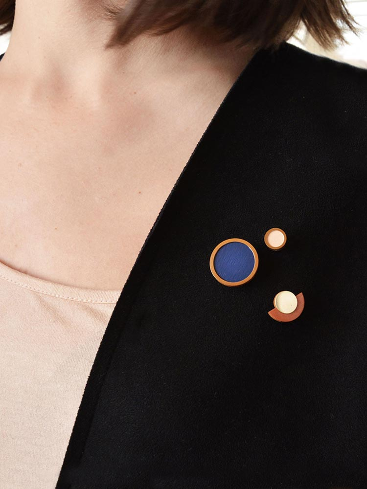 Geometric Pins